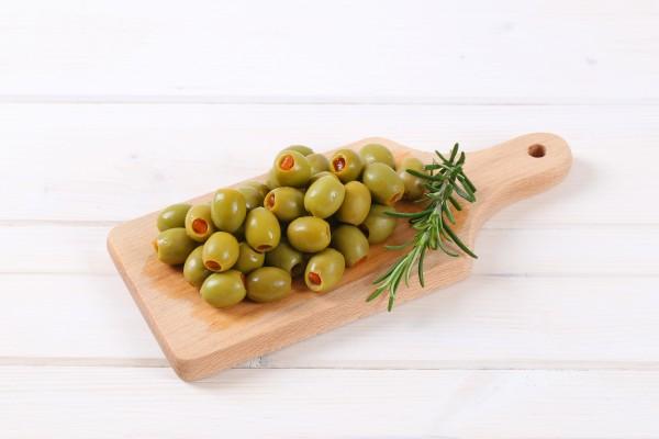 Grüne Oliven gefüllt mit Paprika 500g